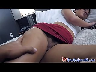 Teen stepsis gets facial